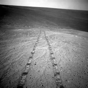 Space Images | Tracks of a Climb on Opportunity's Sol 3485