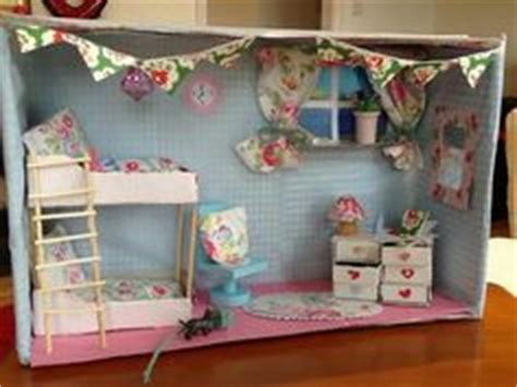 creating  zoo diorama   shoe box  strawberry