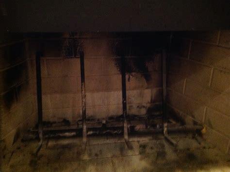 fireplace  gas log   burns wood