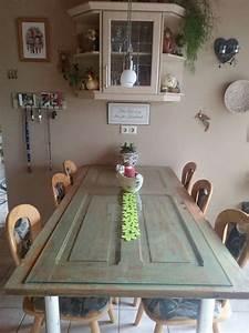 Tisch Aus Alter Tür : alte t r als tisch umgestaltet antik pinte ~ Lizthompson.info Haus und Dekorationen