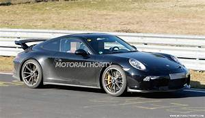 2017 Porsche 911 GT3 spy shots