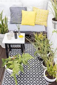 diy blumentopfe bemalen leelah loves With balkon teppich mit tapete punkte schwarz
