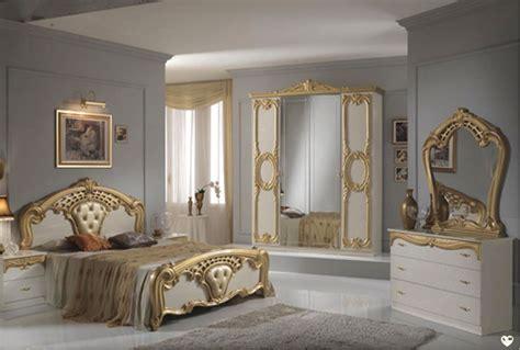 chambre b b complete cristina laque ivoire et dore ensemble chambre a coucher