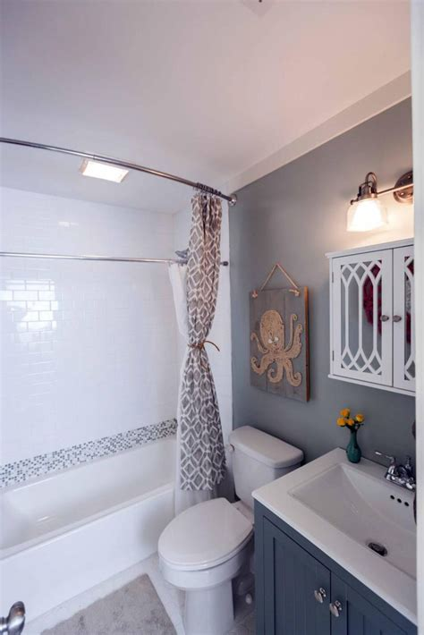 top  small bathroom makeovers   allstateloghomescom