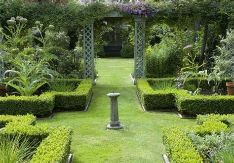Formal Garden Design Ideas For Small Outdoors  Home N
