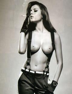 Susanna nackt Petrone In Loving