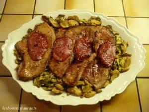 cuisiner foie de veau foie de veau au bacon et aux chignons recette iterroir