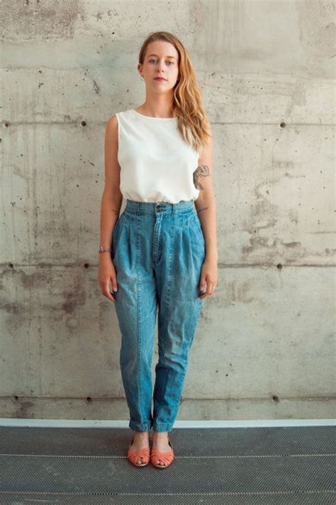 High Waisted Pleated Baggy Jeans from #LesOubliettes on Etsy / #modestfashiononline | Outfit ...