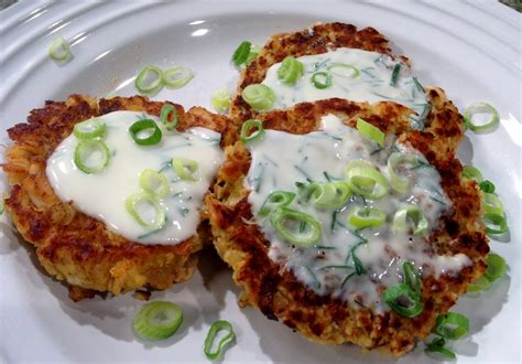 2 pi鐵es cuisine recipe for salmon croquettes with sauce besto
