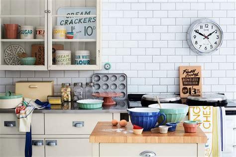 idee deco cuisine vintage déco cuisine rétro et cagne chic 33 idées à piquer