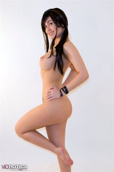 Pictures Of Viorotica Totally Naked And Ready For You