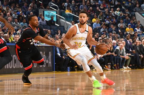 Curry returns as Raptors beat Warriors, Clippers topple ...