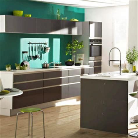 cuisine peinture verte couleurs de peinture tendance pour la cuisine couleur