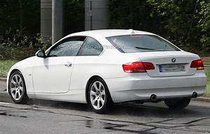 Bmw Serie 3 Coupé : bmw 3 series coupe facelift spied in all white ~ Gottalentnigeria.com Avis de Voitures