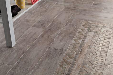pavimento parquet ceramica pavimenti in ceramica la qualit 224 delle ceramiche nelle