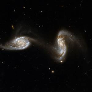 File:Hubble Interacting Galaxy NGC 5257 (2008-04-24).jpg ...