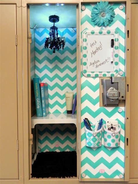 Diy Blue Room Decor by Best 25 Locker Decorations Ideas On Locker