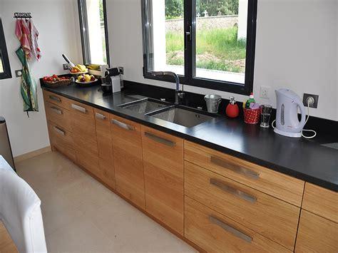 cuisine astuce intérieur granit plan de travail en granit noir