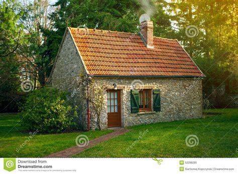 cottage home plans small maison image stock image du froid