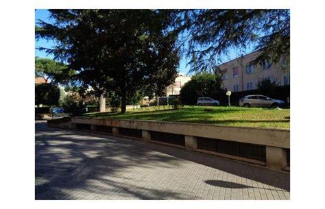 vendita appartamenti a roma da privati privato vende appartamento appartamento a roma laurentina