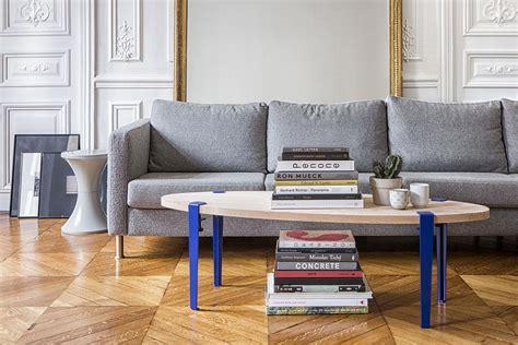 table basse en bois avec pieds en metal