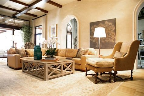paint colors that go with gold furniture what is wall paint color i gold sofa burgundy