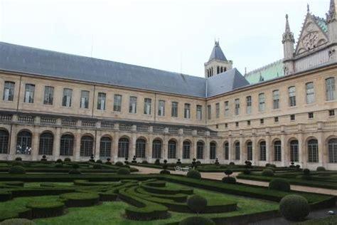 maison de la legion d honneur parc de la l 233 gion d honneur 224 denis pr 232 s de la basilique
