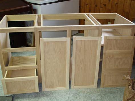 learn  build bathroom vanity  simple steps interior