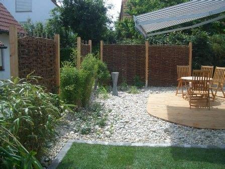 immergrüne bepflanzungen am gartenzaun sichtschutz f 252 r garten und terrasse immergr 252 ne hecken