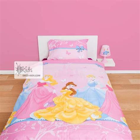 housse de couette disney princesse 140 x 200 cm parure de lit royal decokids
