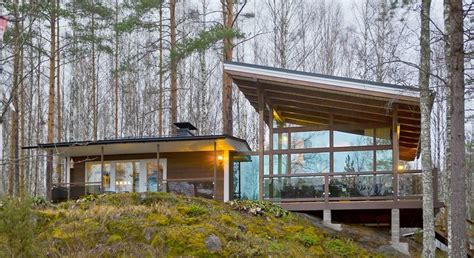 modern finnish cottages  timberkotifi moekki cabin
