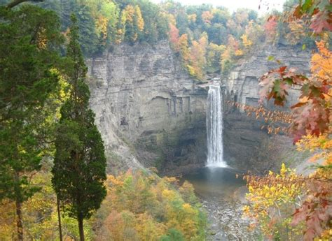 taughannock falls beautiful places upstate  york places