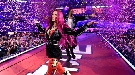 sasha banks  supposed  win  womens title