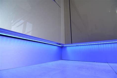 cuisine eclairage eclairage led cuisine connect elec l 233 lectricit 233 connect 233 e