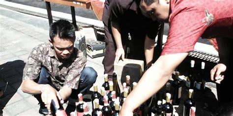 Obat Aborsi Palembang Bpom Denpasar Musnahkan Minuman Dan Obat Berbahaya