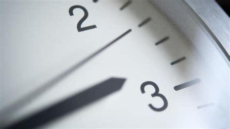Wann ist die nächste zeitumstellung in deutschland? Wann ist Zeitumstellung auf Sommerzeit 2021? Uhrumstellung ...