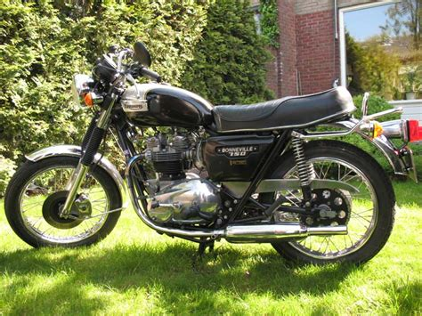 1980 Triumph T 140 E Bonneville Photos, Informations