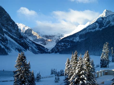 Lake Louise Alberta Canada Beautiful Places To Visit