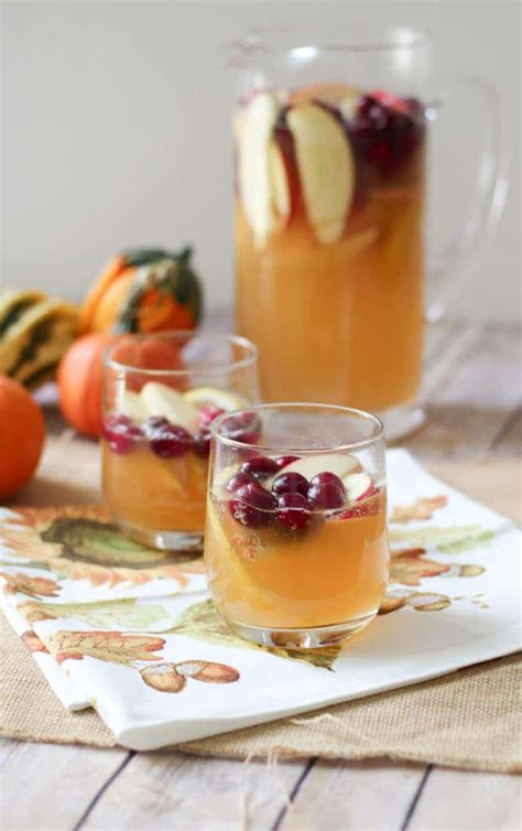 healthy fall holiday cocktails lightened  party