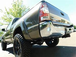 2011 Toyota Tacoma V6 4wd Sr5 Lifted    33 U201dmud    5speed Man