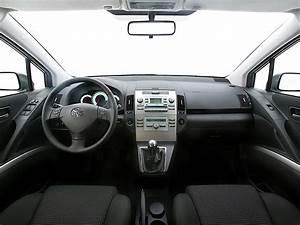 Toyota Verso Dimensions : toyota corolla verso interior dimensions ~ Medecine-chirurgie-esthetiques.com Avis de Voitures