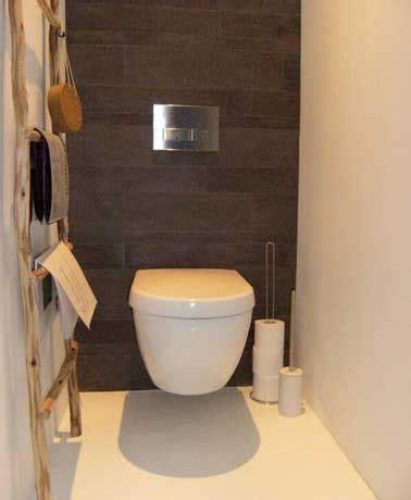volet roulant pour meuble de cuisine déco wc en panneaux de ciment gris commande inox