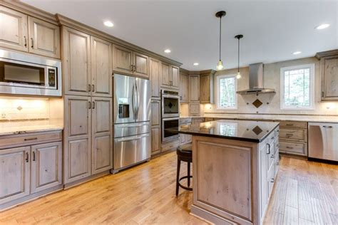 pics of kitchens with cabinets signature cabinetry cabinetry columbus ohio 9094