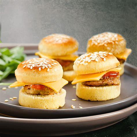 canapé froid salé plateau de mini cheese burgers 20 pièces