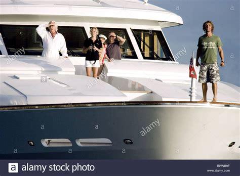 donald sutherland yacht donald sutherland kate hudson alexis dziena ewen bremner
