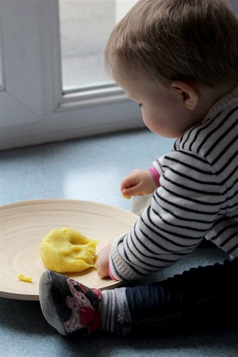pate a modeler bebe 12 mois pate a modeler bebe 12 mois 28 images notre mois en images d 233 cembre 2015 bout de chou en