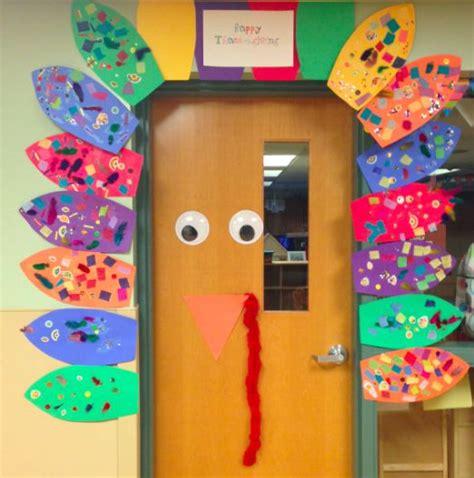 preschool halloween door decorations 35 best thanksgiving classroom images on 370