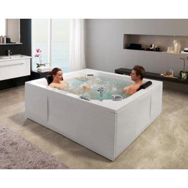 vasca da bagno grande vasca idromassaggio di grande dimensione