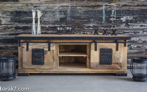 meuble tv et bureau meuble tv industriel quot live with character quot barak 39 7