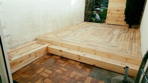 DIY Pallet Outdoor Flooring   Pallet Ideas